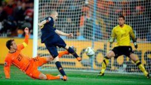 Iniesta marcou o gol do título em 2014!