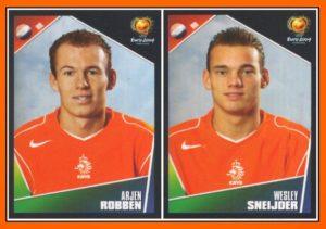 Robben e Sneijder na Eurocopa 2004.