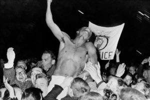 Comemoração do título europeu de 1961-62.