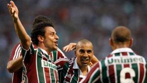 Jogadores comemoram titulo brasileiro de 2010.