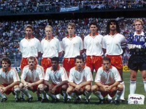 BAse do elenco da Holanda nos anos 1990.