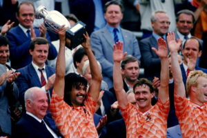 Holanda conquista seu único grande título.