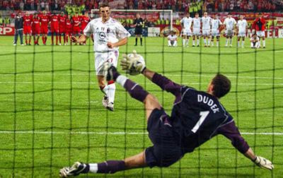 2005: um desastre para o Milan em final da Liga dos Campeões.