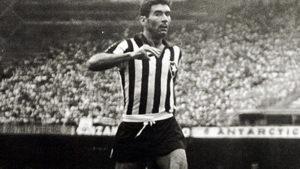 Nilton Santos: maior jogador da história do Botafogo.