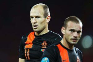 Sniejder e Robben fizeram sucesso ao lado de van der Vaart e van Persie.