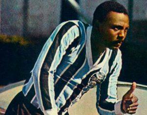 Everaldo foi jogador símbolo do Grêmio na década de 70.
