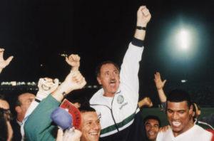 Felipão no título da primeira Copa do Brasil do Palmeiras.