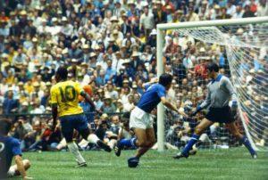 Itália pra diante da Seleção BRasil na final de 1970.