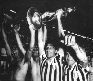 Juventus em seu primeiro titulo da Champions League: 1984-85.