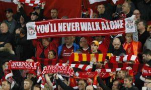 Torcida do Liverpool é uma das marcas da equipe.