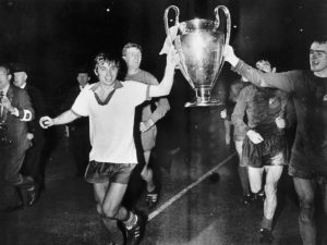 Manchester United na conquista de sua primeira Champions League.