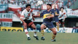 Maradona em seu último jogo oficial, contra o River.