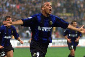 Em seu tempo na equipe nerazzurri, Ronaldo colecionou boas atuações e lesões.