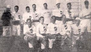 Elenco do Santos FC em 1915.