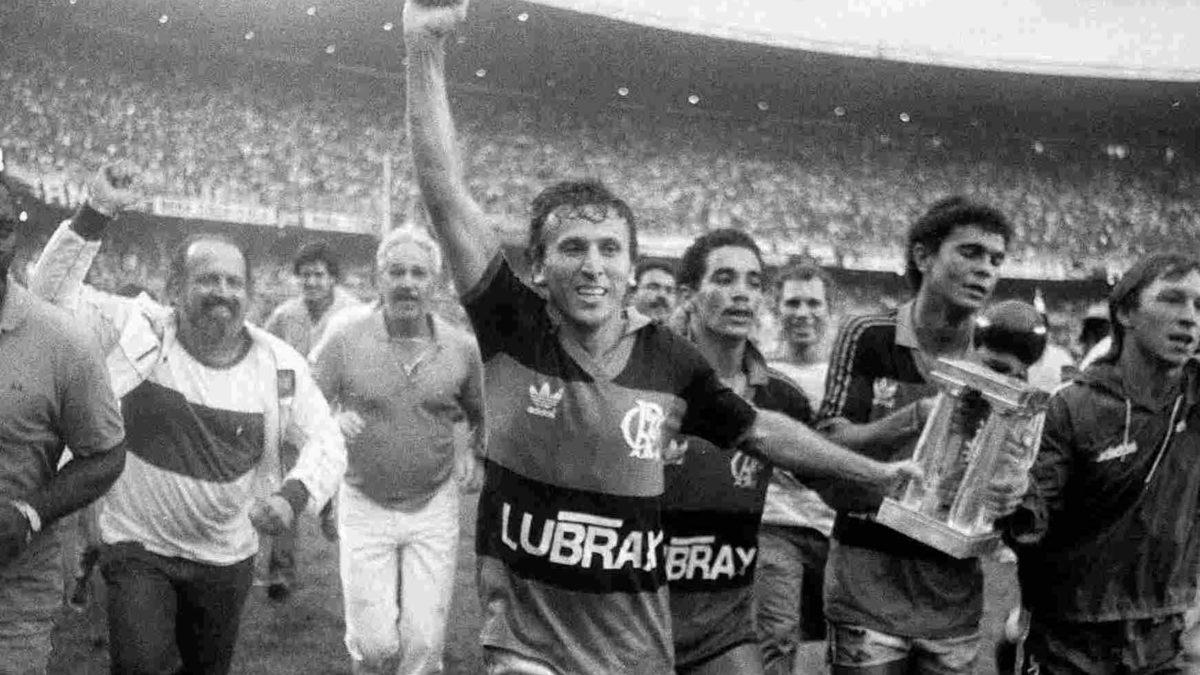 Zico no Flamengo em 1987.