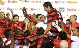 CR Flamengo conquista mais um tricampeonato carioca, dessa vez em 2009.