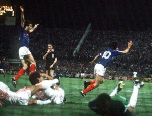 Seleção Francesa de Futebol conquista seu primeiro título da Euro.