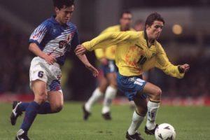 Juninho em ação na Copa Umbro.