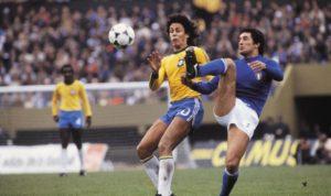 Roberto Dinamite em joo contra a Itália na disputa pelo 3º lugar da Copa do Mundo de 1978.