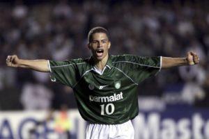 Alex brilhou no Palmeiras.