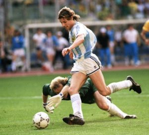 Gol de Caniggia que eliminou o Brasil em 1990.