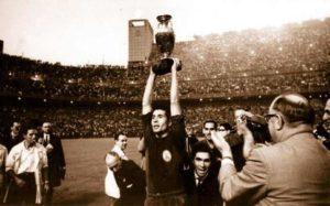 Primeiro título da Espanha: Eurocopa 1964.