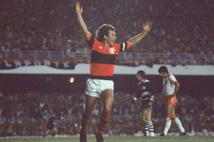 Zico foi o grande craque da Libertadores de 1981.