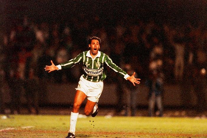 Evair, craque do Palmeiras em 1993.