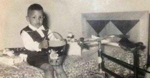 Maestro Júnior na infância.