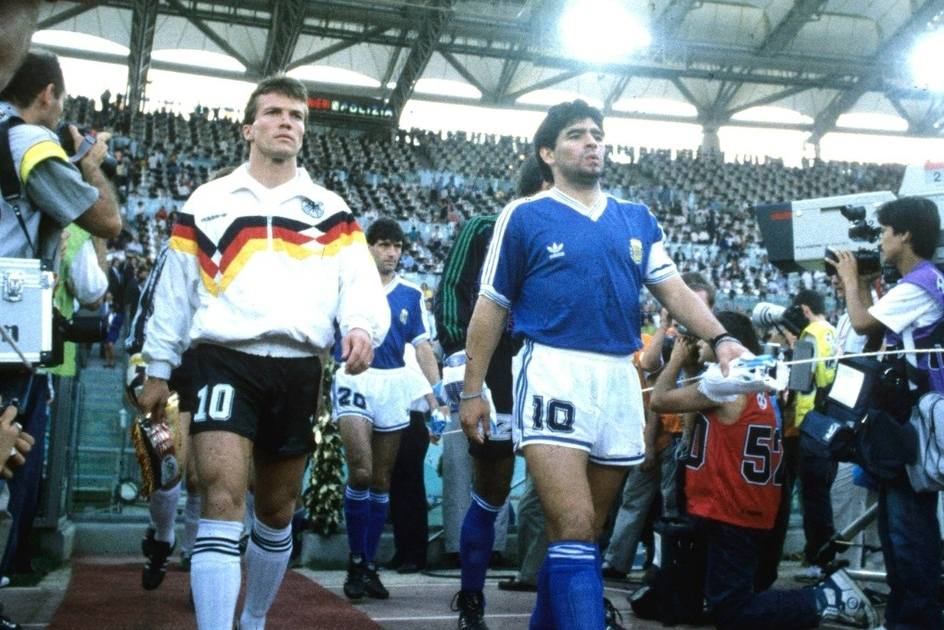 Matthaus e Maradona em 1990.