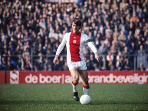 Ruud Krol: lendário zagueiro do Ajax.