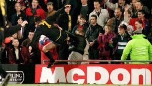 Não há como não falarmos dos amiores rebeldes do futebol inglês sem falarmos em Eric Cantona.