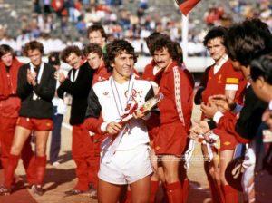 O camisa 10 foi o grande garçon do mundial de 1981.