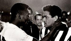 Pelé e Garrincha, símbolos do maior Santos e Botafogo da história.